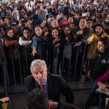 Jóvenes sin partido político