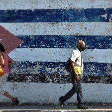 Ahora manteniendo a la dictadura cubana